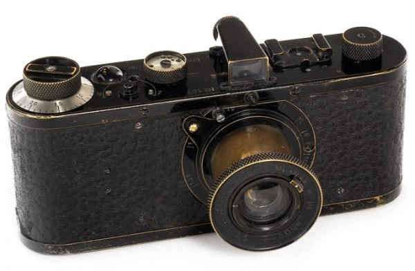 ridingwithstrangers:  1923 Leica Sold For 1.32 Million Euros ($1.89 Million!) A beauty to behold.
