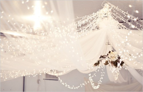 The dreamy atmosphere chandeliers give.