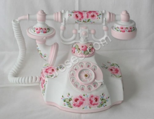 sweetpainteddreams:  vintage telephone