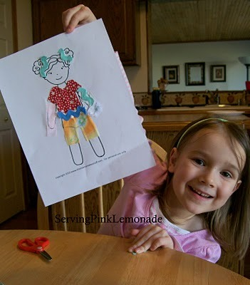 Scrap fabric paper dolls! What a fun activity to unleash creativity to do with your kids, i bet my girls would LOVE doing this. Plus it puts the scrap fabrics to good use :) Found this over at {Serving Pink Lemonade}