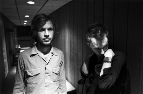awesomepeoplehangingouttogether:  Beck and Thom Yorke
