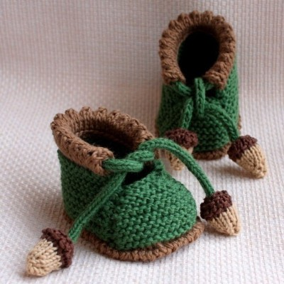 "DIY ""Acorn"" Baby Booties Knitting Pattern by loasidellamaglia"