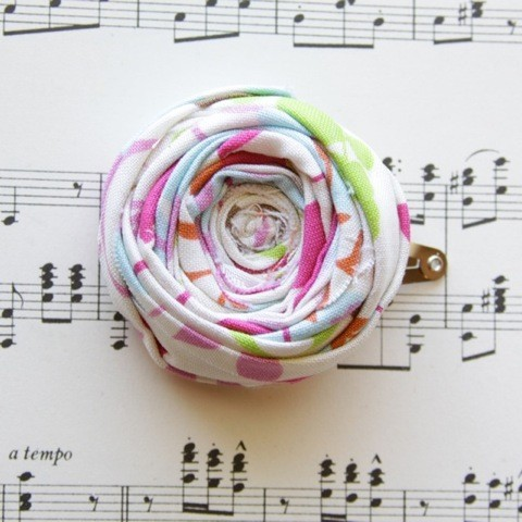 {summer pretty} Rosette Hair Clip, Byrdferth on Etsy, $12