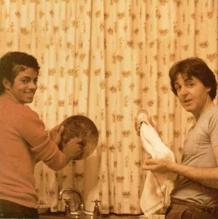 Micheal Jackson and Paul McCartney washin' some dishes