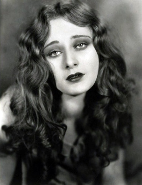 Dolores Costello - c. 1920s