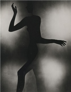 regardintemporel:  Erwin Blumenfeld - Gestes, 1942