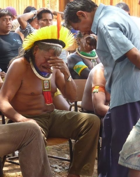 shanexcore:  blua:  The chief Raoni cries when he learns that brazilian president Dilma released the beginning of construction of the hydroelectric plant of Belo Monte, even after tens of thousands of letters and emails addressed to her and which were ignored as the more than 600 000 signatures. That is, the death sentence of the peoples of Great Bend of the Xingu river is enacted. Belo Monte will inundate at least 400,000 hectares of forest, an area bigger than the Panama Canal, thus expelling 40,000 indigenous and local populations and destroying habitat valuable for many species - all to produce electricity at a high social, economic and environmental cost, which could easily be generated with greater investments in energy efficiency.   It was brought to my attention that there is a petition we all can sign to help support these indigenous people and the Amazon. Please take a second to check it out below or comparable petitions that are available. Thank you. http://amazonwatch.org/take-action/stop-the-belo-monte-monster-dam  goddamn. i hate humanity more and more with each passing day.