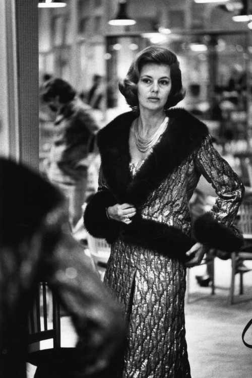 suddenfabulosity:  Cyd Charisse at Chanel.