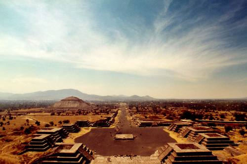 535. Go see the Pyramid of the Sun and Pyramid of the Moon
