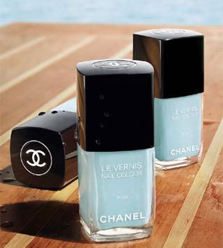 LOVE this Chanel nail colour for the summer.