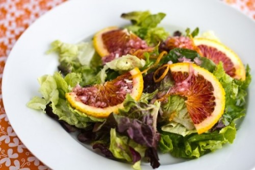 Green salad with blood orange and blood orange vinaigrette  Recipe:  http://justonecookbook.com/blog/recipes/green-salad-with-blood-orange-vinaigrette/