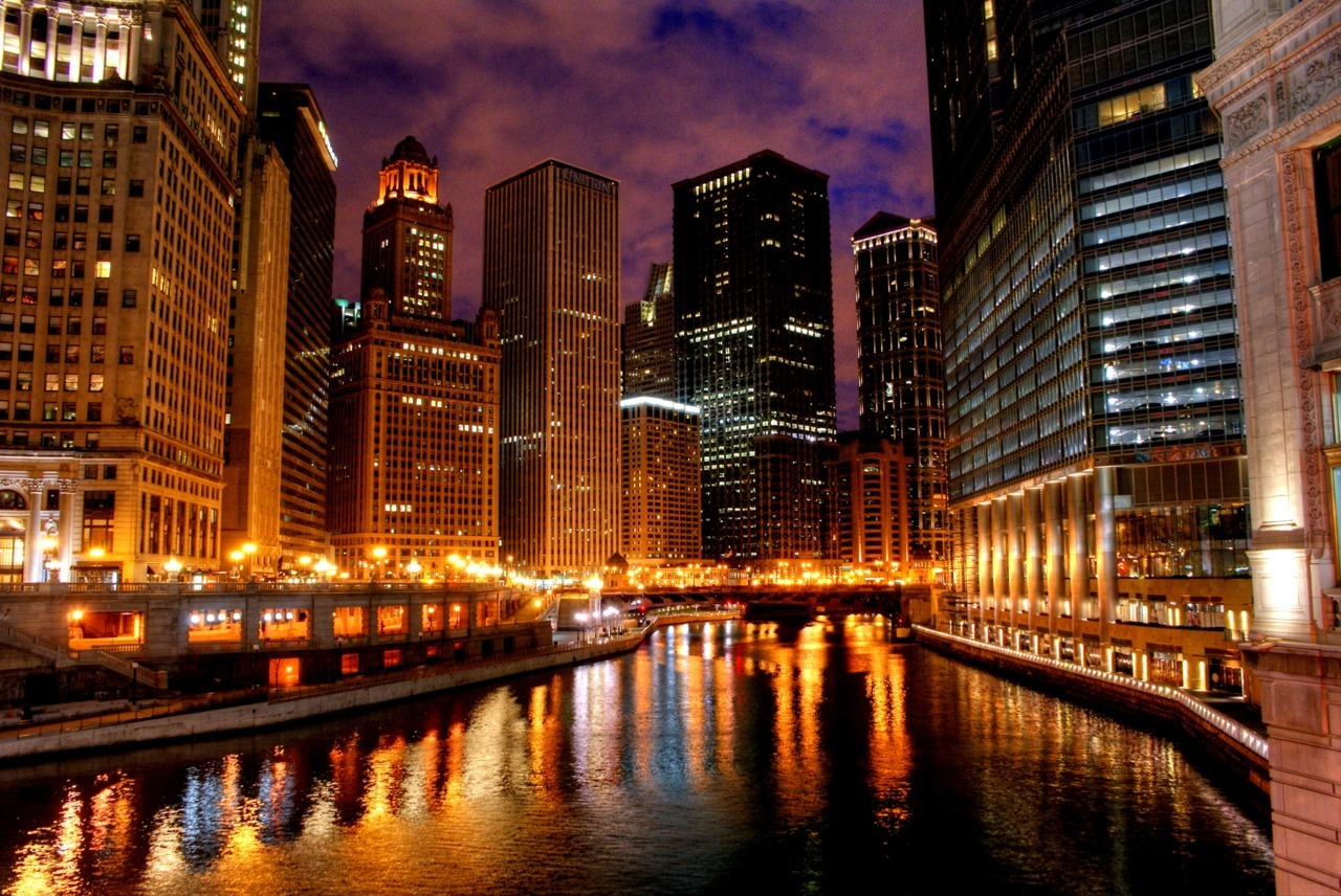Downtown Chicago Photo Credit: Andrew Shih