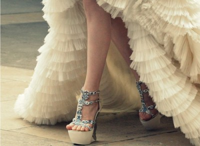 marvelousmatrimony:  Check out these platform heels! If you're planning on wearing heels on your big day, remember to break them in before, and check out these other good tips for saving your feet from your heels! (via pinterest)