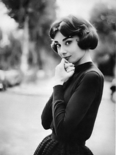 "likemynewsuspenders:  Audrey Hepburn  ""Living is like tearing through a museum. Not until later do you really start absorbing what you saw, thinking about it, looking it up in a book, and remembering - because you can't take it in all at once."" — Audrey Hepburn"
