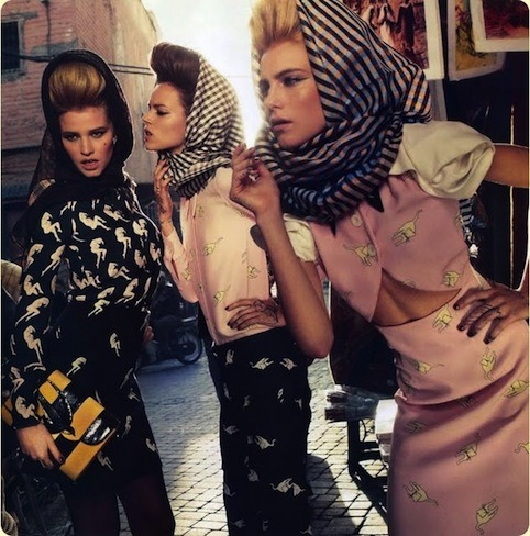 One photograph. Two High Roller hair favourites (headscarfs and VOLUME). Sweet. Photography: Inez Van Lamsweerde and Vinoodl Matadin for Paris Vogue Feb 2010