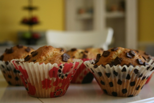stuffedkishkas:  mochacafe:  My homemade muffins.  they look delish!  Girl, these look really yummy :D