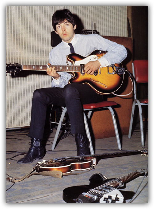Paul in the studio, great color shot