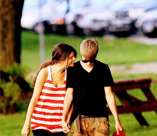 "Awww. The Biebs took Selena to Stratford. When they weren't like this, she was all ""so where in Canada am I?"" (That last part I made up in my mind.)"