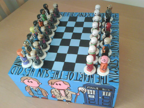 doctorwho:  Doctor Who Chess  This needs to be mass produced. I would buy this in a heartbeat.