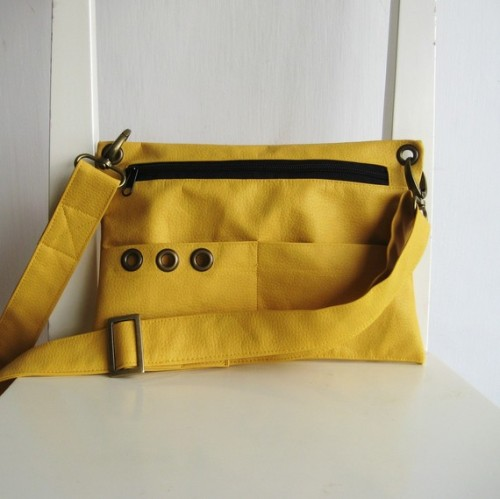 "lovelyetsy:  ""Messenger Pouch"" in Yellow by rutinet"
