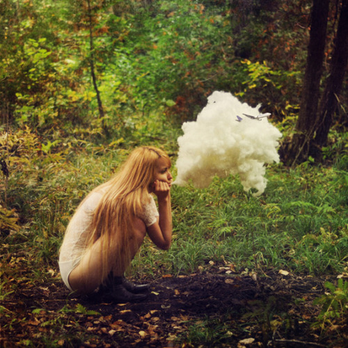 photojojo:  Lissy Elle has a big imagination, and it shows in her pictures. (Via Beautiful Decay)