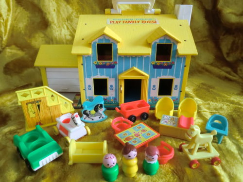 Fisher Price Little People Yellow Roof House via fantastic-flashback: