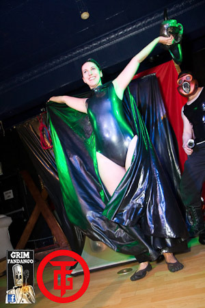 Archean Emerges from the vacbed unscathed! Ta-Da! (via Torture Garden Toronto 2011)