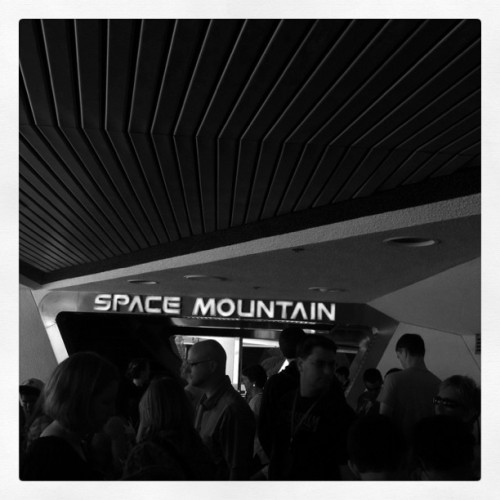 Not #StarTours. (using my time wisely) (Taken with Instagram at Space Mountain)