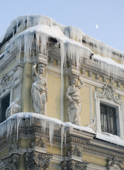balticavenue:  Icicles on the old Salt Warehouse in St Petersburg Photo by NickolayR
