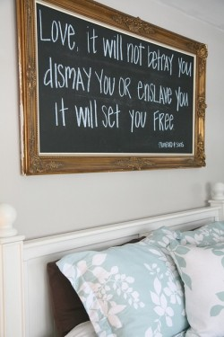 sororitystace:  want this set up for quotes :)