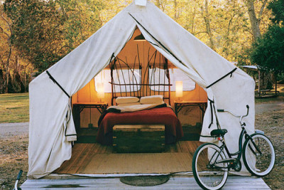 I always did like camping. (Image via letsbesimpleaboutthis)