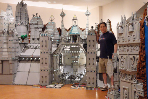 Found via Badass Digest (via Lego Fan Creates 250,000-Brick 'Garrison of Moriah' | Underwire | Wired.com)
