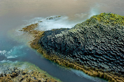 jasonthepsycho:  Basalt Columns of Staffa, Scotland (by JC Richardson)