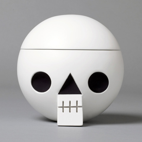 8more:  Kranium - wooden skull with secret compartment. For keeping memories.