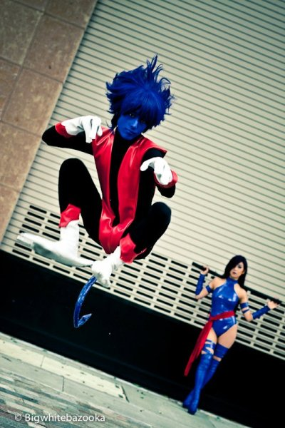 Nightcrawler & Psylocke | cosplayers: Nightcrawler - Eddie; Psylocke - camilliette; photo by Eric Ng » Fanime 2011  {via roxannameta}