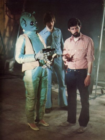 bobmoricz:  lalalaimnotlistening: I love Greedo's shoes!
