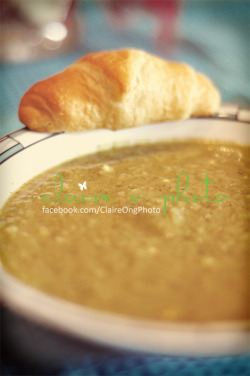 "Soup claireophoto:  Tried out this recipe ""Curried Broccoli & Cauliflower"" Soup. Overall, it was a pretty tasty dish. I didn't follow the recipe exactly, just went by taste. Though it may look like baby food, it was much better tasting. :)"