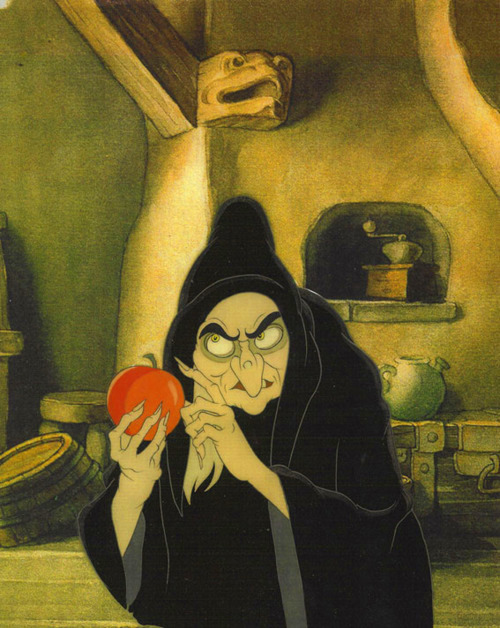 mothgirlwings:  Animation cel of the witch from Walt Disney's Snow White and The Seven Dwarfs (1937)