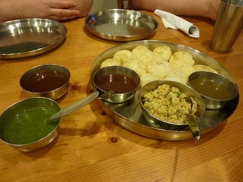 indian-food:  Gol Gappe / Pani Puri / Fuchka