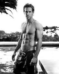Omg Ryan Reynolds is the most beautiful man on earth