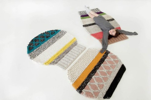 sheepishknitcrochet:  gan rugs   I think I just found out how to use all that extra yarn I've been hoarding…