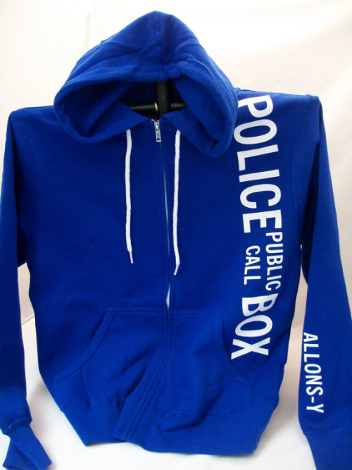 stuckinqueens:  I have never needed anything more, then i need this hoodie.