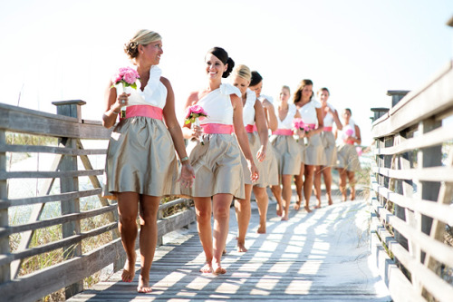 knotnotes:  Great bridesmaids dresses by Lula Kate! I love how every girl has a style that works really well for her.