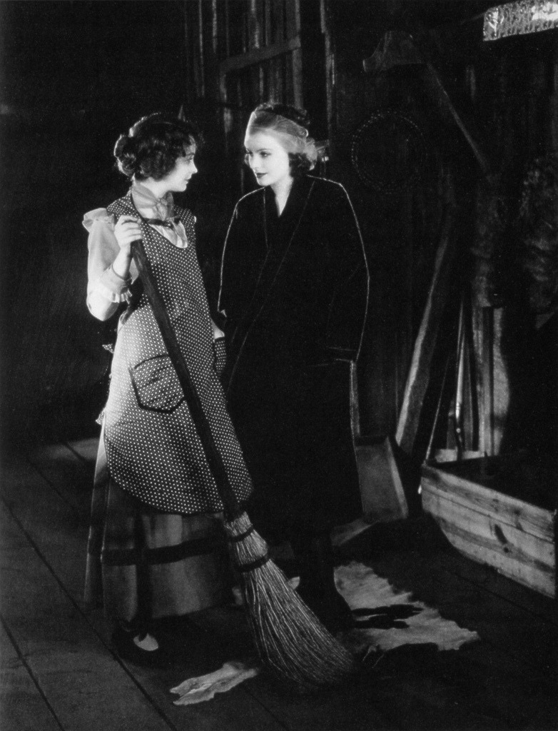 allrightmrdemille:  Lillian Gish and Greta Garbo on the set of The Wind, 1927