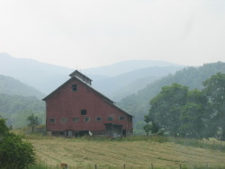 mountainhousestudios:  Outside Elkins, WV (my photo)