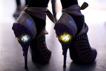 Illuminated shoes. <3
