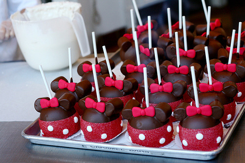 Minnie Apples (by Kirsten ☼ Marie)