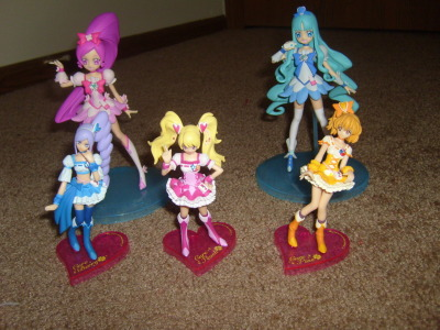 PreCure collection. Fresh PreCure mini-figures, and Heartcatch PreCure figures.