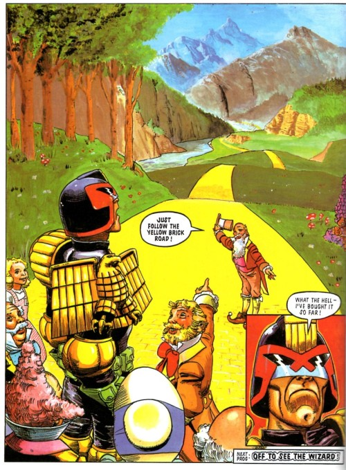 thedailydredd:  I could while away the hours / Deliverin' angry glowers / Inflicting lots of pain And my chin, I'd be scratching / As the perps I'd be dispatching 'Cos I'd shoot 'em in the brain! From 'Twister', Pt 2, Prog 589.