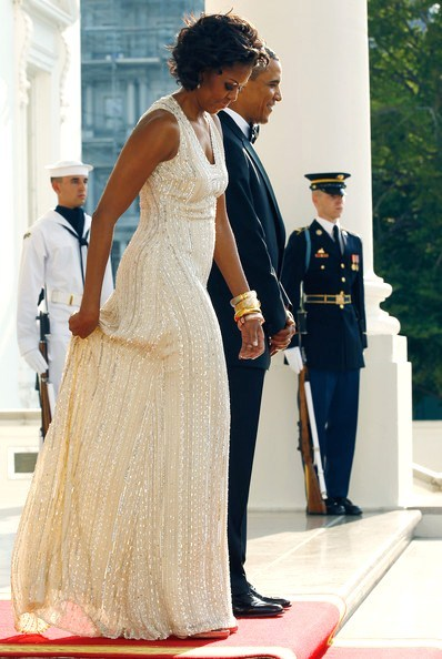 Belle of the Ball: FLOTUS wears Naeem Khan to State Dinner (via FLOTUS Fashion: Michelle Obama State Dinner Style)